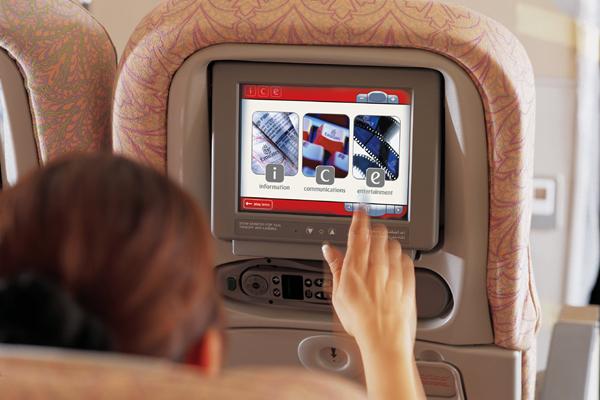 """نظام """"ice"""" للترفيه الجوي من طيران الإمارات"""