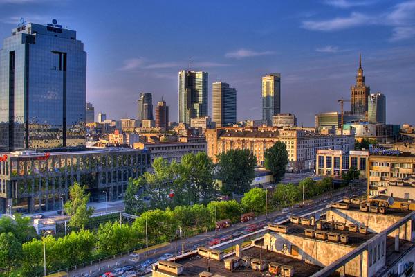 المدينة العنقاء أو المدينة العنيدة.. أوصاف تطابق وارسو الحديثة