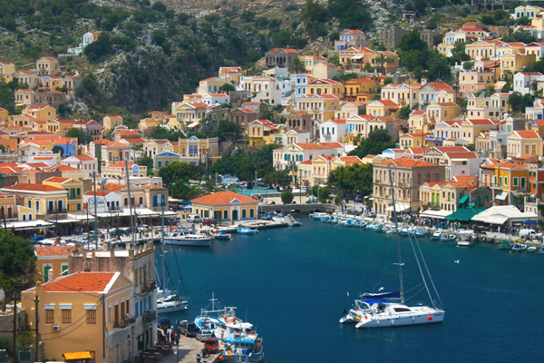 سيمي.. واحدة من أجمل أماكن اليونان عموماً
