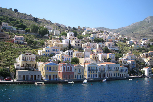 سيمي.. اليونان