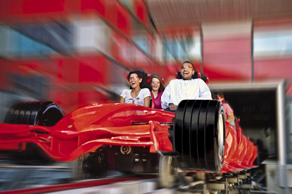 لعبة (فورملا روسو) أسرع مركبة أفعوانية في العالم