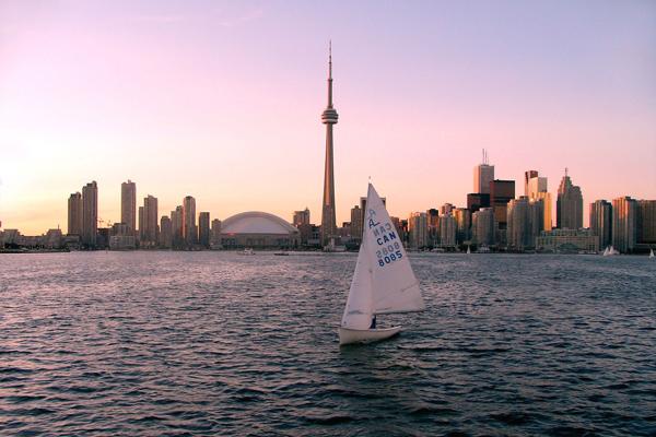 تورنتو وبحيرة أونتاريو ـ كندا
