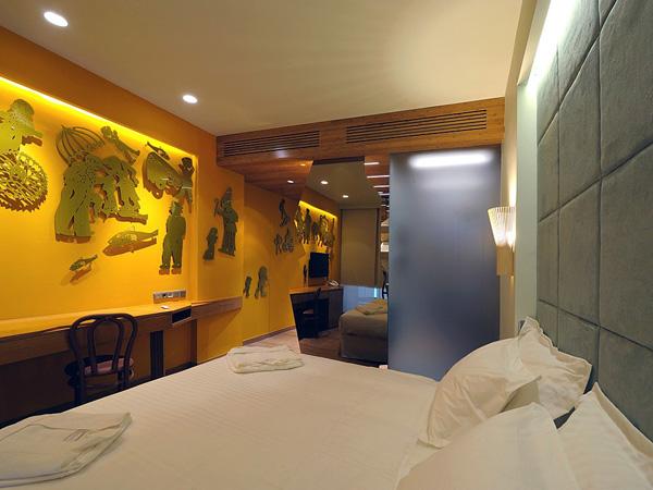آخر صيحة في عالم التصميم المعماري بارزه بقورة داخل جدران فندق نيو هوتيل