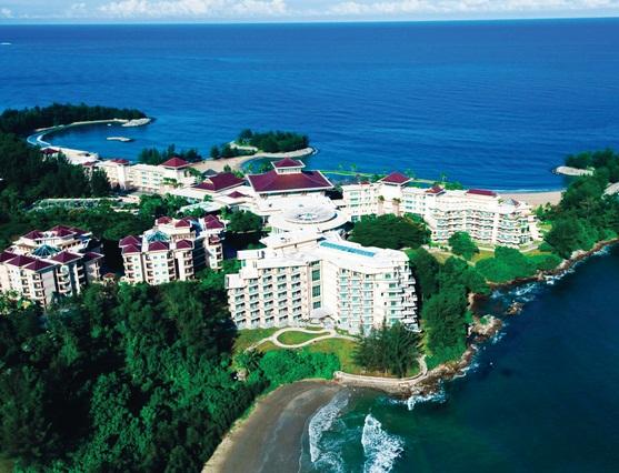 فندق الإمبراطورية ونادي الغولف الريفي في بروناي