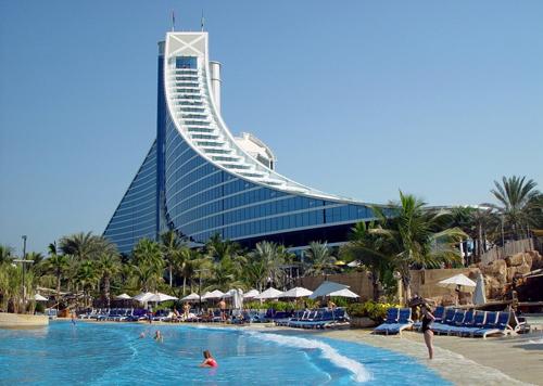 فندق جميرا بيتش دبي