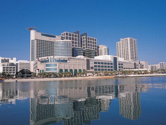 فندق روتانا بيتش - أبو ظبي