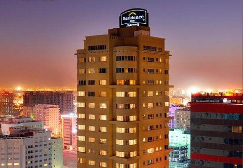 فندق ريزدنس إن بالجفير