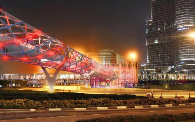 افتتاح جسر محطة مترو «دبي مول- برج خليفة»