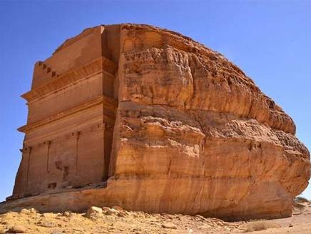 """""""مدائن صالح"""".. تستقبل السياح والسعوديين لأول مرة"""