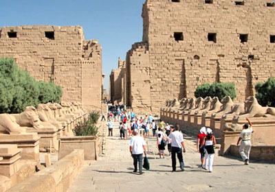 1.5 مليون سائح روسي زاروا مصر في 2012