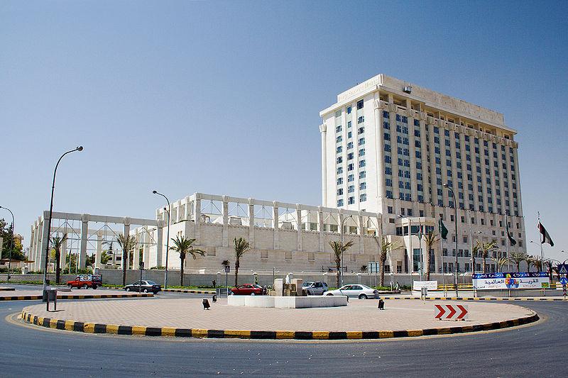 فندق فور سيزنز عمان