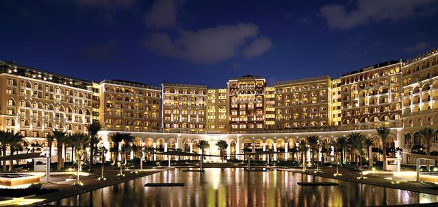 فندق الريتز كارلتون أبوظبي