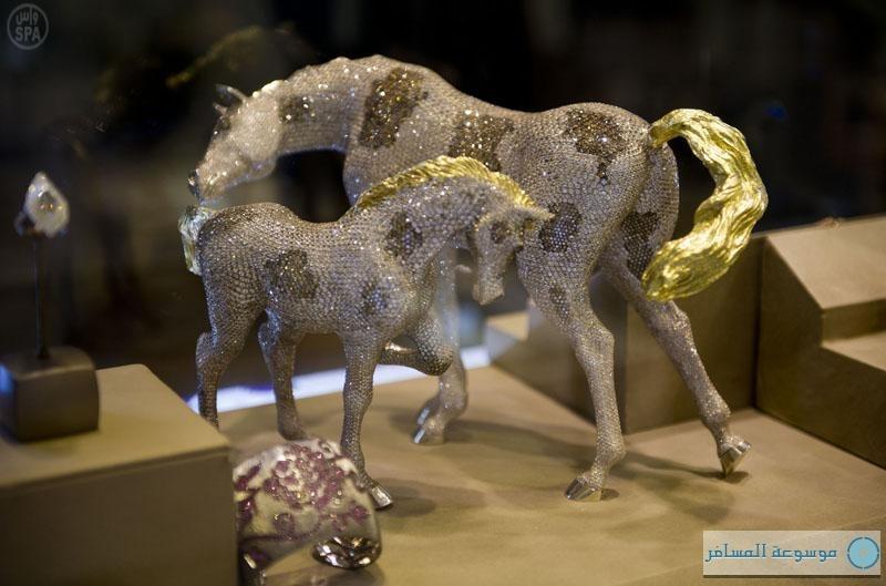 انطلاق فعاليات المعرض الدولي للمجوهرات بالرياض
