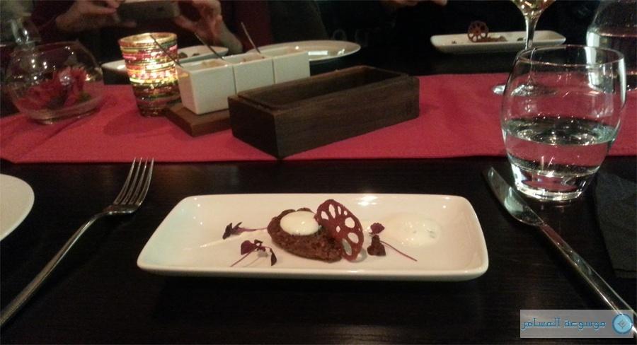 """يقدم الطعام في مطعم """"بيناريس"""" بكميات قليلة وبأشكال أنيقة مبتكرة.."""