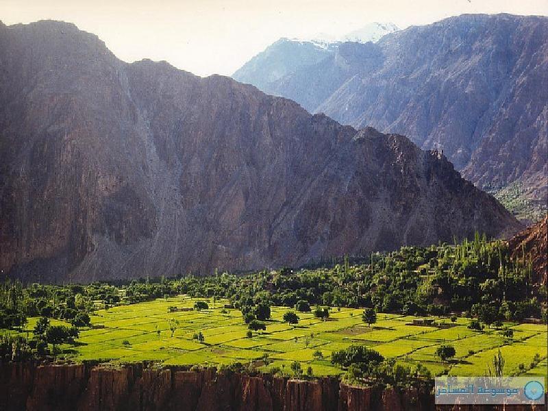 برنامج لربط السياحة في الإمارات بجولات في أعلى السلاسل الجبلية في باكستان
