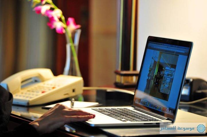 توفير «الإنترنت» مجاناً للنزلاء في فنادق الأربع نجوم في البحرين