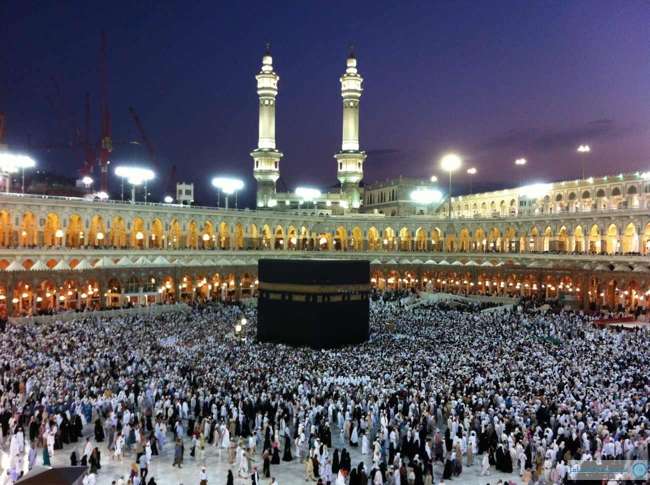 السعودية تمدد تأشيرات المعتمرين إلى 10 رمضان