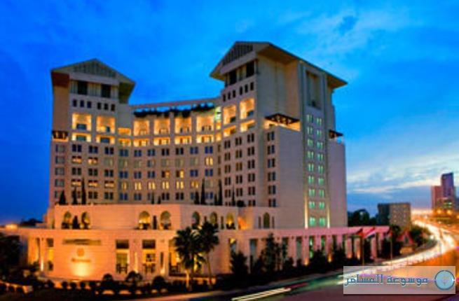 فندق شيراتون عمان النبيل