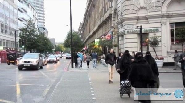 السياح في العاصمة البريطانية لندن