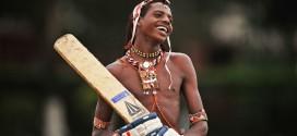 """كينيا : محاربو """"الماساي"""" يلعبون الكريكيت"""