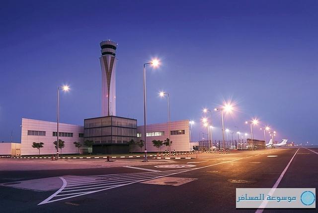 مبنى المسافرين في مطار آل مكتوم الدولي