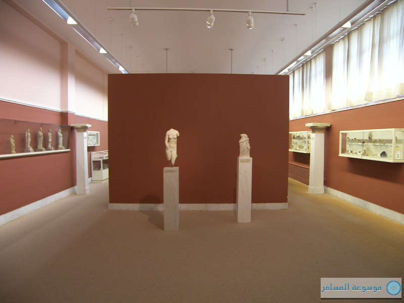 800px-Hall_at_Corfu_Museum