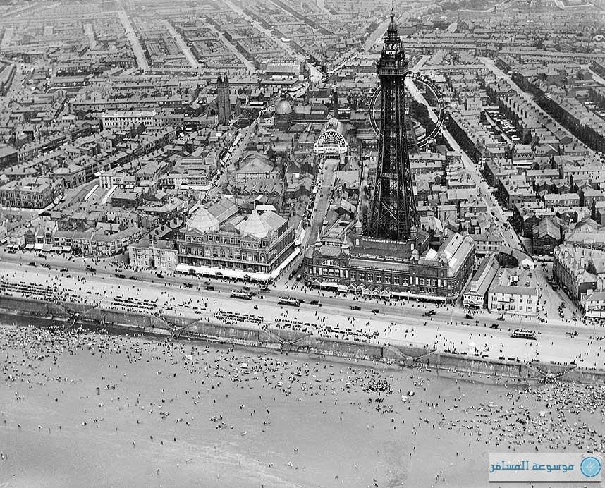 بريطانيا من فوق .. برج بلاكبول وحدائق الشتاء، بلاكبول، نورفولك، يوليو 1920