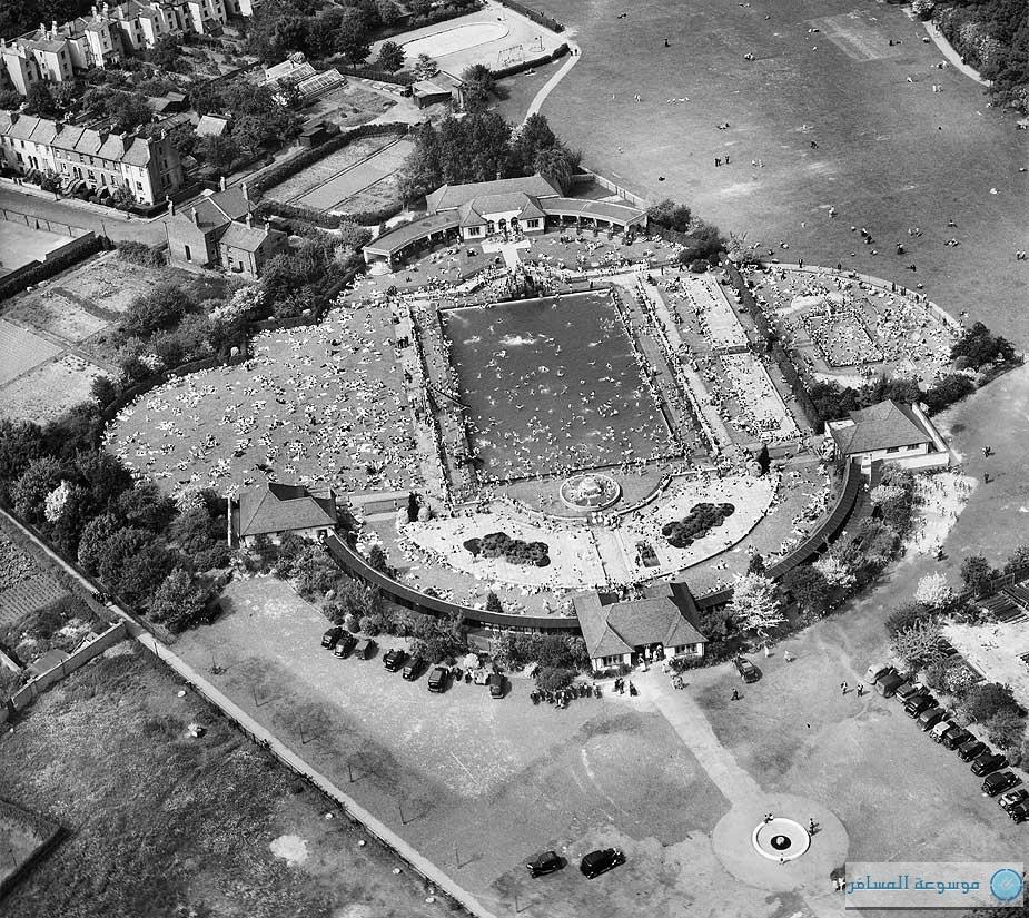 بريطانيا من فوق .. بارك ساندفورد ليدو، شلتنهام، جلوسيسترشاير، 31 مايو 1947
