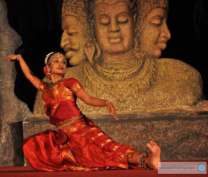 مومباي : مرجان إلفنتا Elephanta Cave
