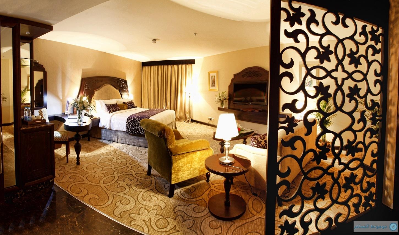 امتزاج رائع بين الحداثة العصرية والكلاسيكية تحويه غرف تيارا الرياض