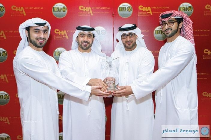 أبوظبي تفوز بالجائزة البلاتينية لأفضل هيئة سياحة في الإمارات