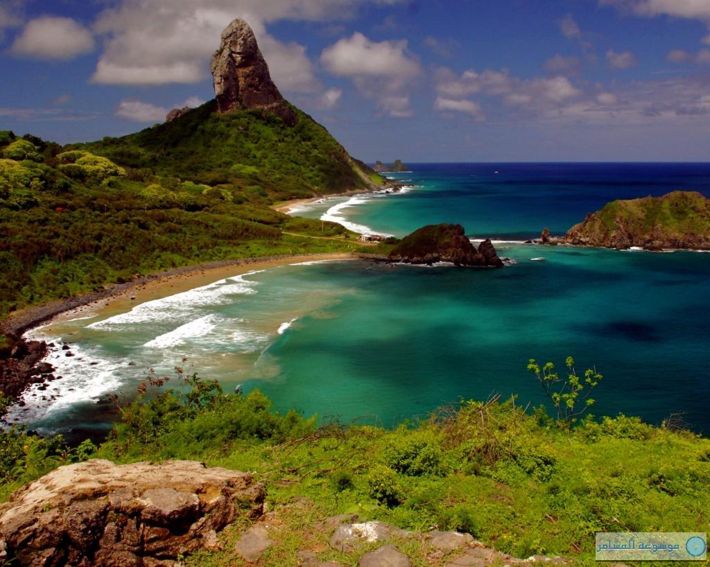 جزيرة الزمرد أو جزيرة فرناندو دي نورونيا البرازيل