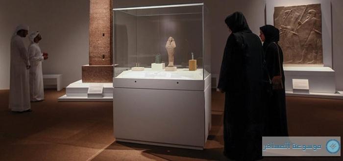 معرض 100 قطعة فنية تحكي تاريخ العالم