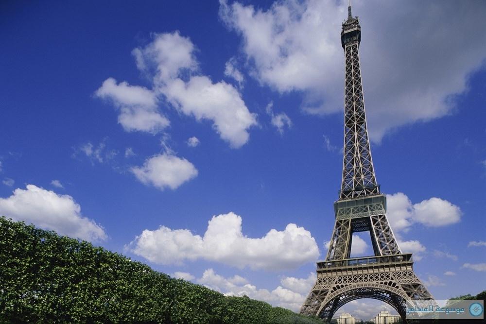 برج إيفل اشهر المعالم