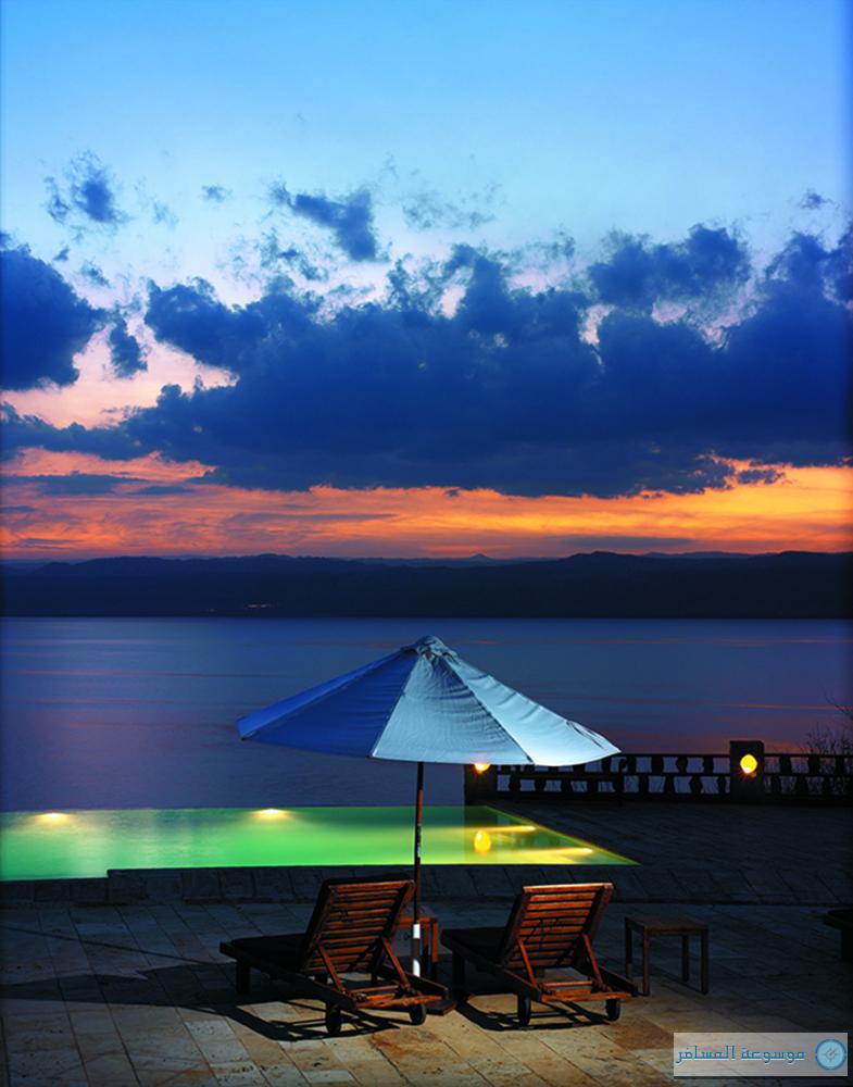 موفنبيك البحر الميت