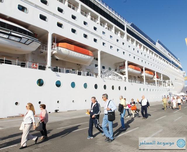 السياحة البحرية في الشارقة