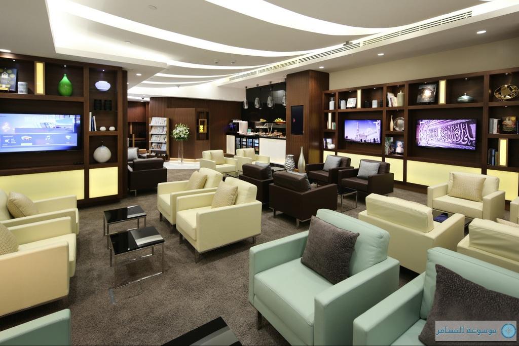 صالة خدمات الضيوف القادمين الاتحاد للطيران في ابوظبي