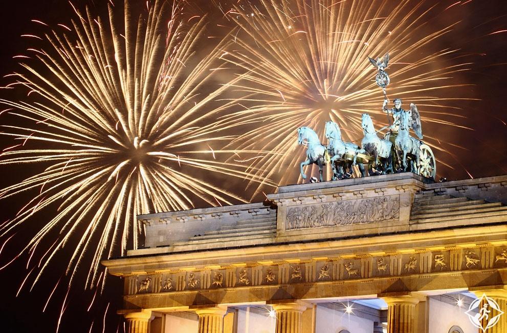 احتفالات ليلة رأس السنة الجديدة (11) برلين ، ألمانيا