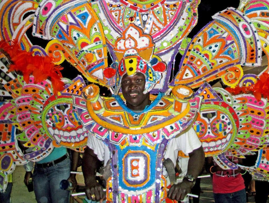 احتفالات ليلة رأس السنة الجديدة (3) جزر الباهاما