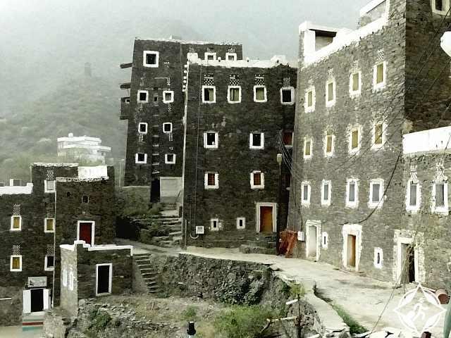 قرية رجال ألمع التراثية