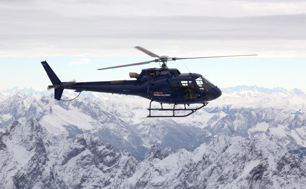 Helicopter service for Lufthansa خدمة لوفتهانزا طائرات هيليكوبتر