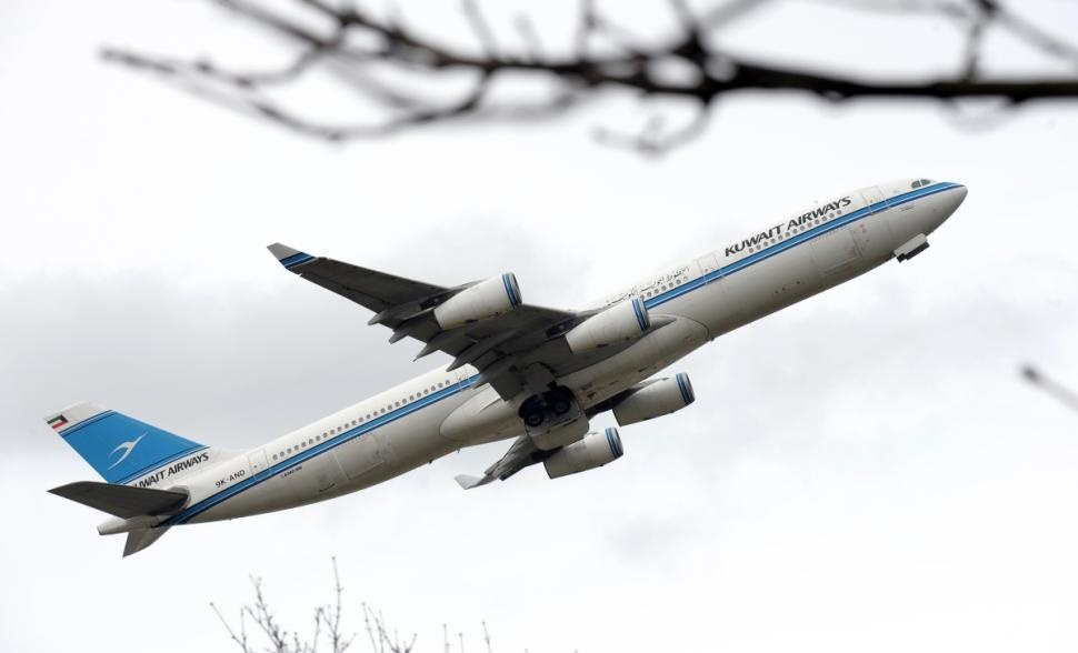 """الخطوط الكويتية ترفض صعود امرأة تحمل جواز سفر """"إسرائيلي"""" على متن طائرتها"""