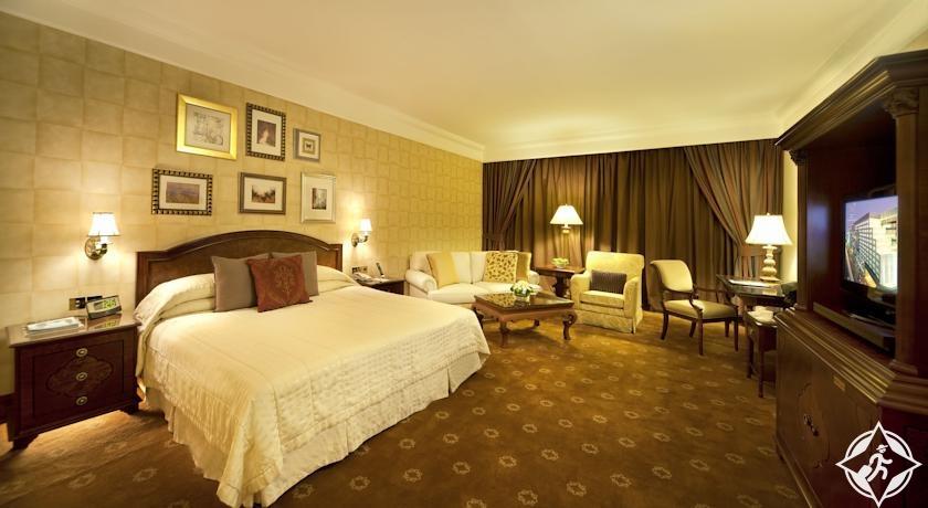 افتتاح فندق تاج دبي على مقربة من برج خليفة