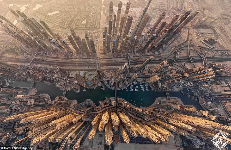 دبي في صورة جوية ، أوبرانو