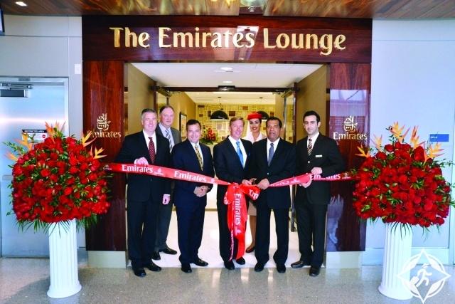 طيران الإمارات تفتتح صالة للركاب في مطار لوس أنجلس