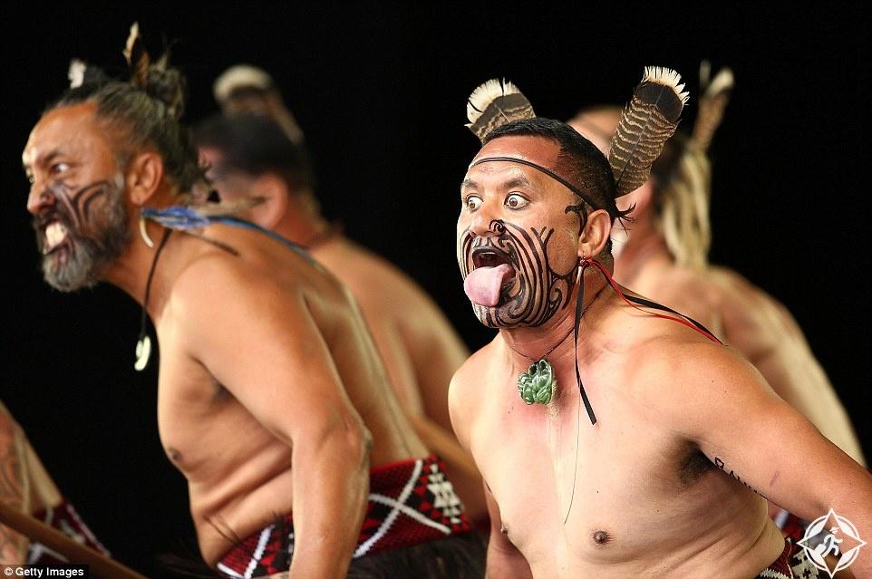 """بالصور.. """"كابا هاكا"""" مهرجان شعب الموراي في نيوزيلندا"""