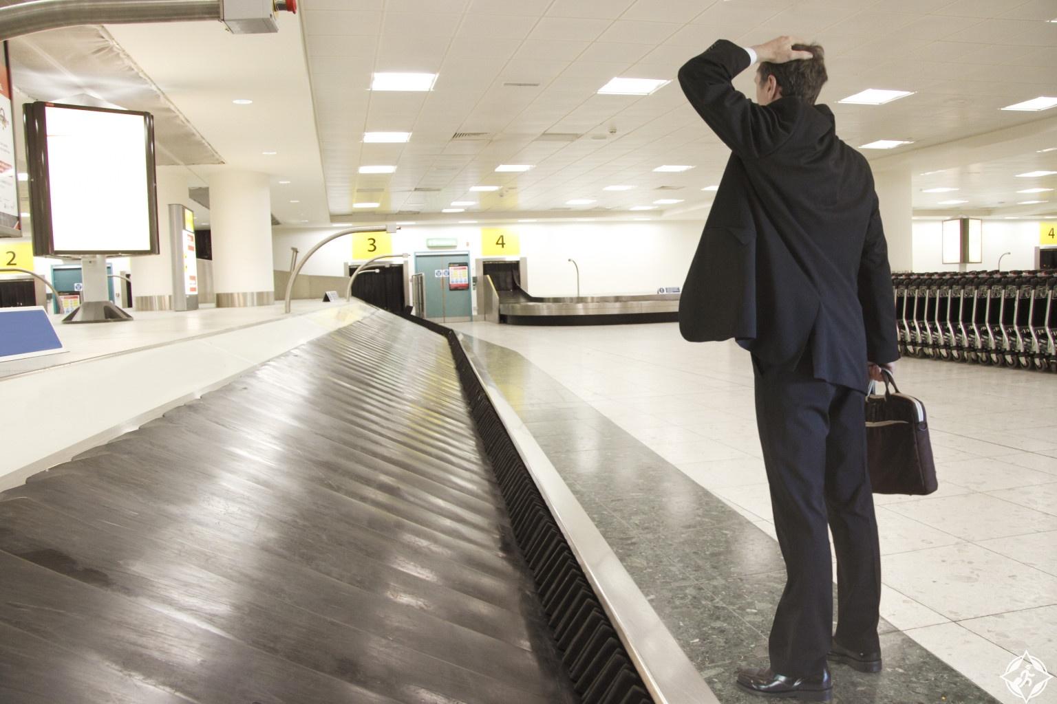 حقائب السفر المفقودة