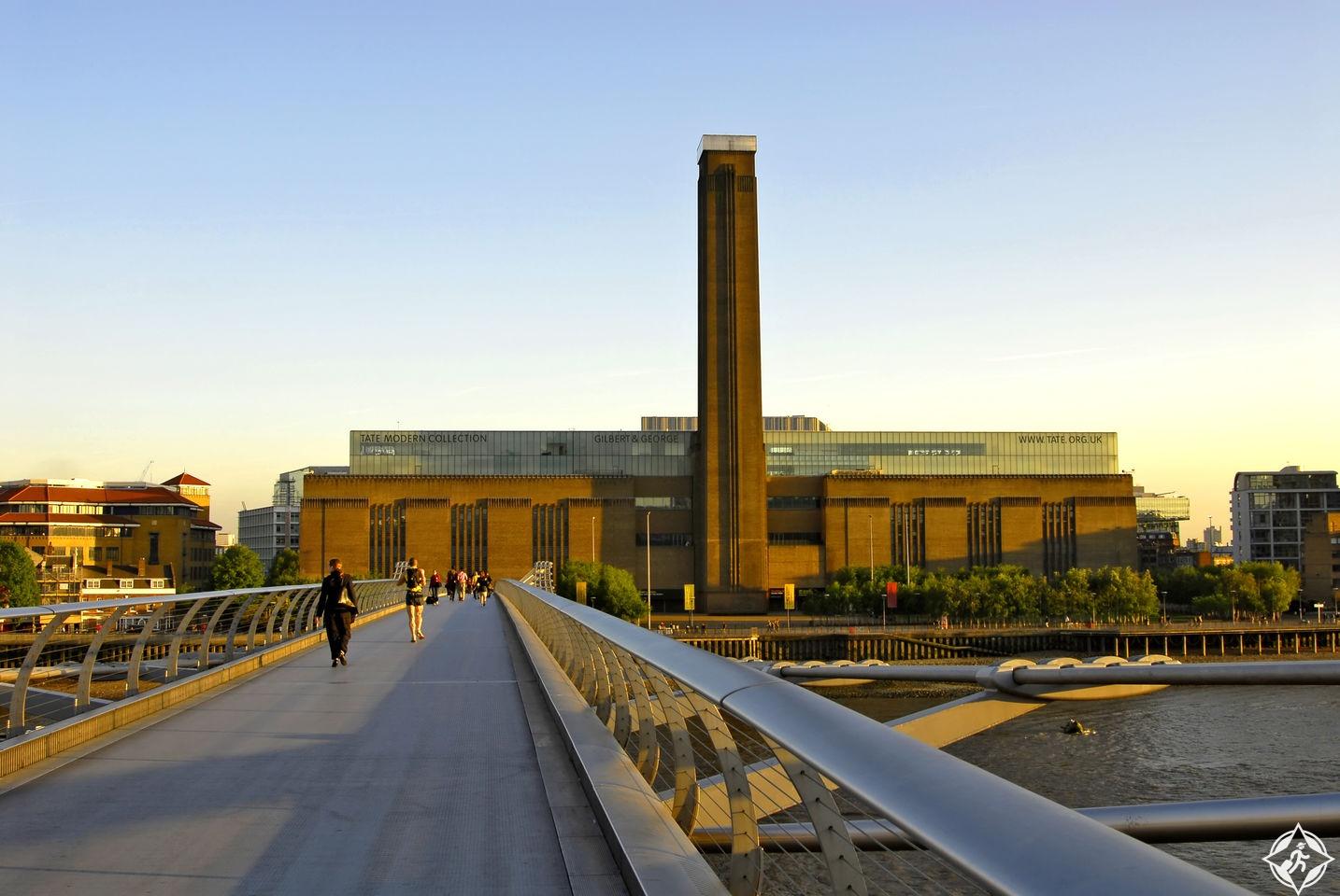 متحف تیت مودرن في لندن Tate modern