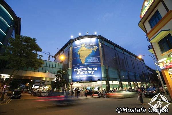 أماكن التسوق في سنغافورة مركز مصطفى التجاري