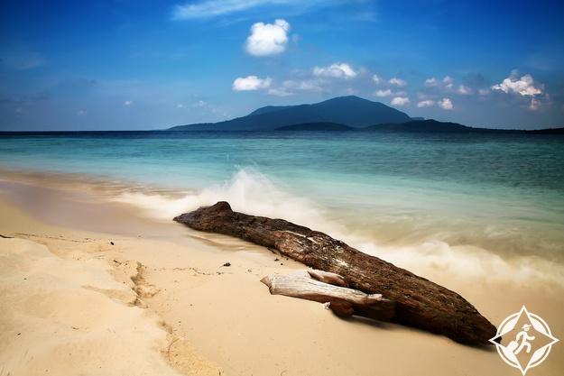 شاطئ كاريمون